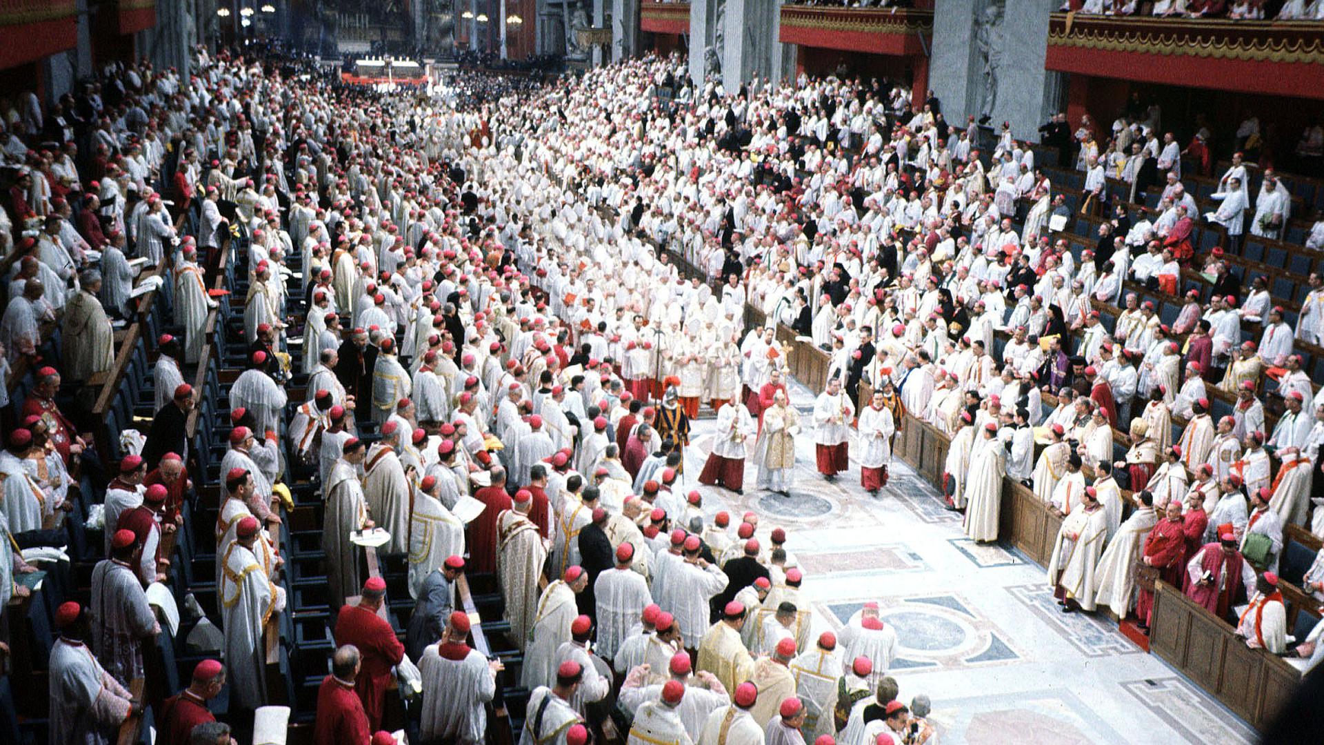 Zweites Vatikanisches Konzil -  Einzug in den Petersdom zum Ende des Konzils