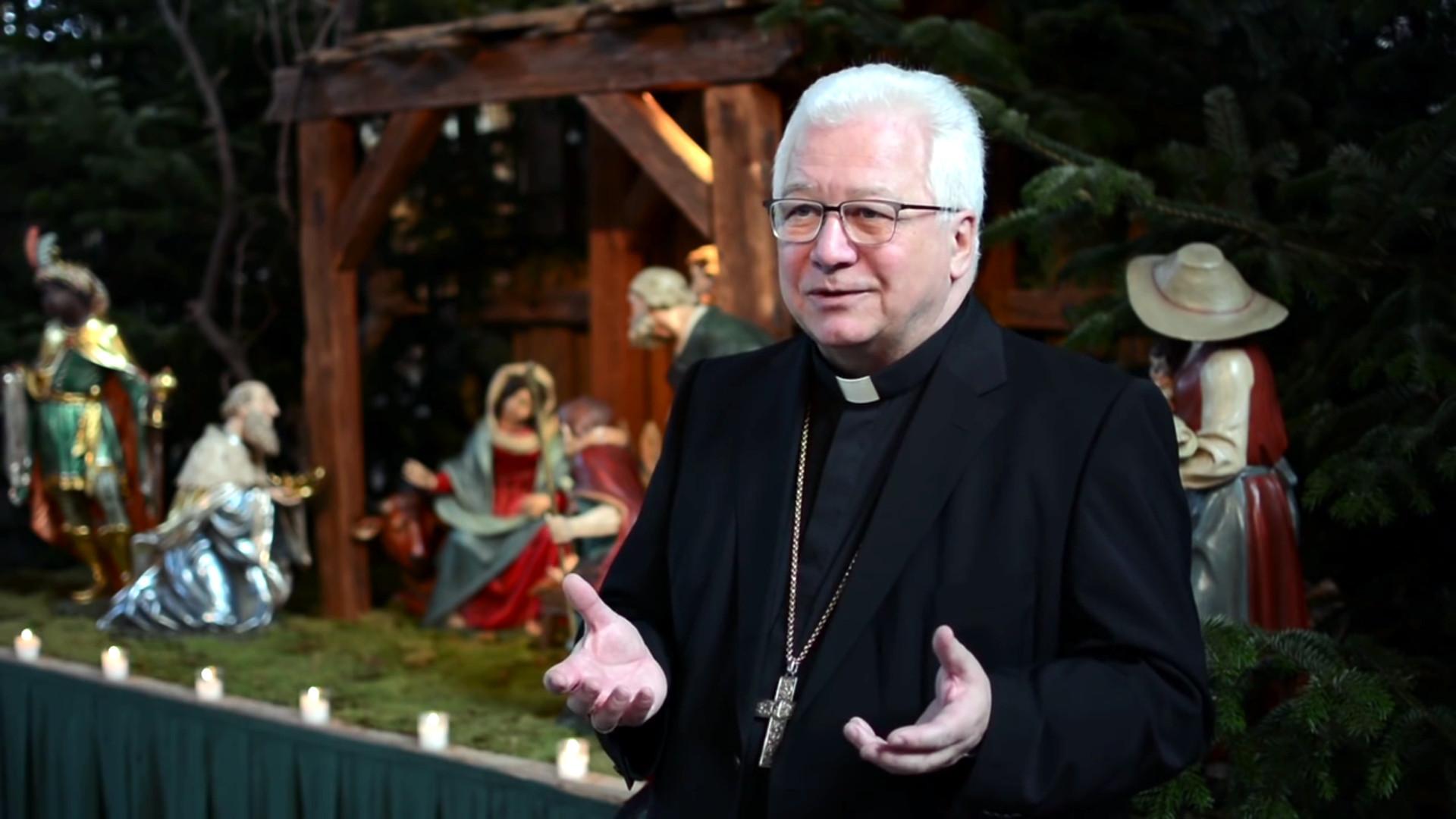 Bischof Büchel erklärt Weihnachten | © 2015 screenshot www.bistum-stgallen.ch