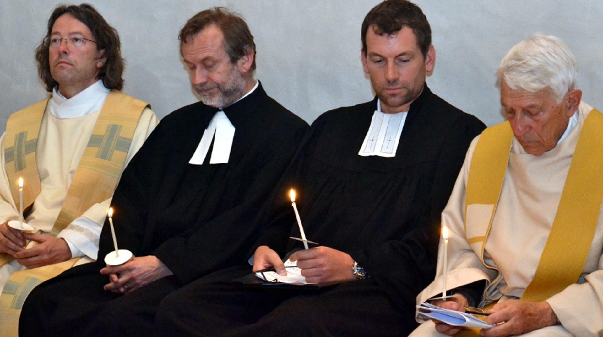 Unterschied Pfarrer Priester