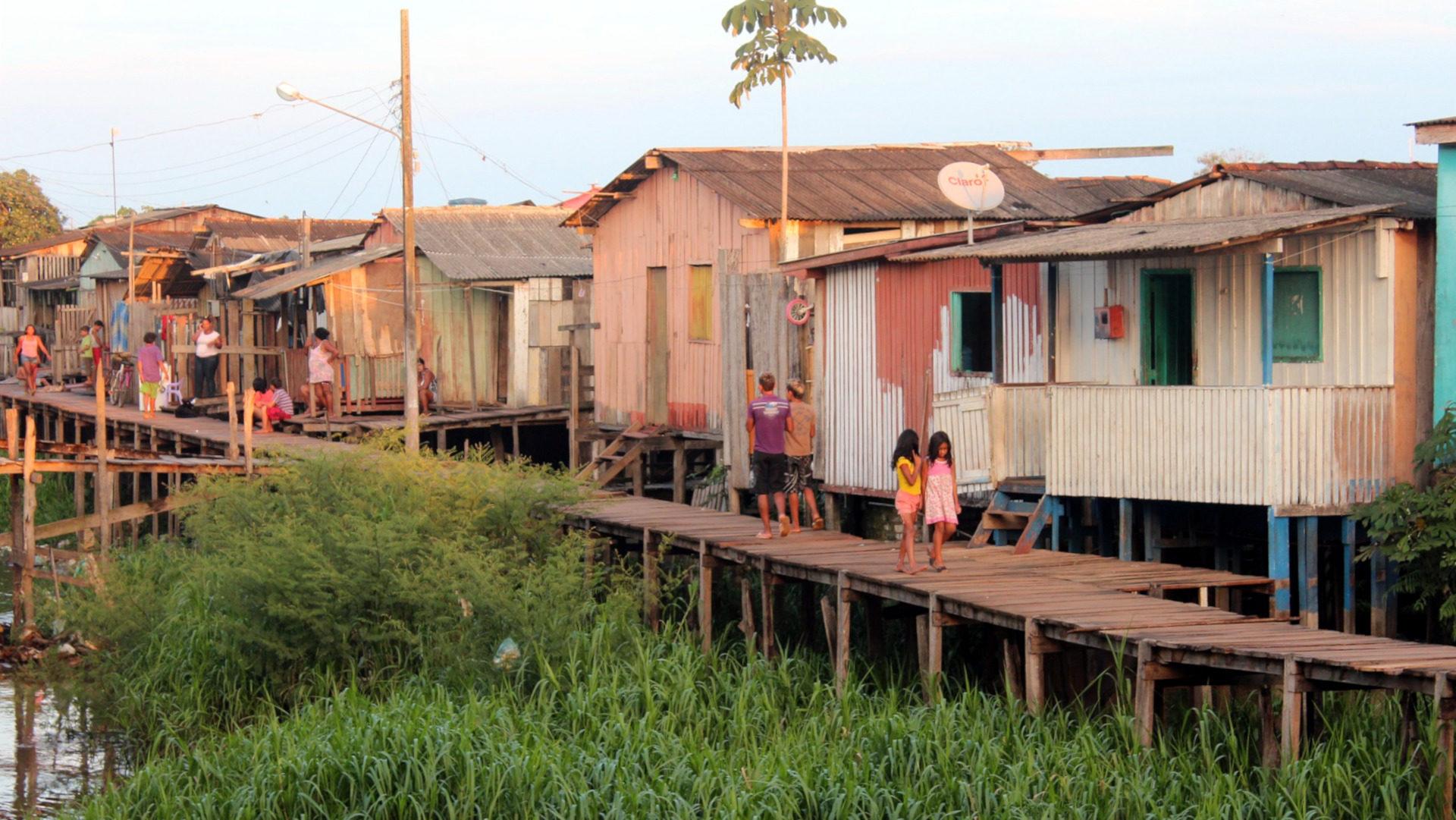 Armenviertel am Amazonas | ©pixabay/Anfri, Pixabay License